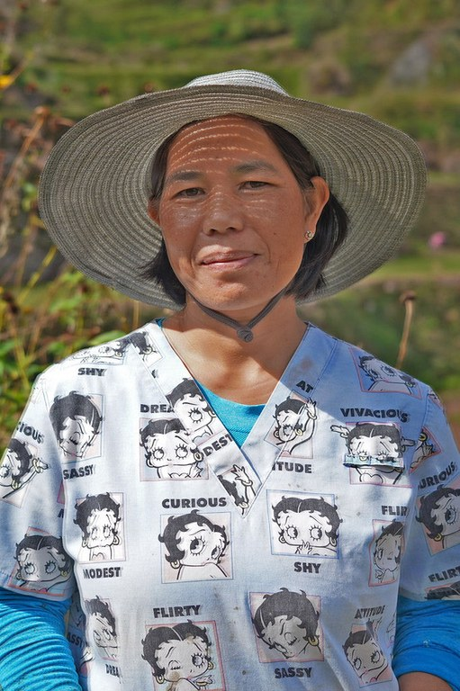Merly Deppas, president of the Guessang Farmers Organization, adopts an organic farming method that increases productivity while protecting the rice terraces in Sagada, Mountain Province / Credit: FYT