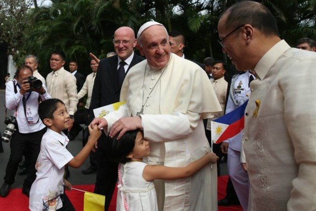 Pope Francis in Malacanang by wikipedia